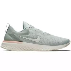 NEW Nike Odyssey React pastel green running shoes